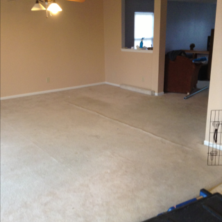 Carpet Was So Loose That 3 Inches Were Cut Out – Indianapolis Carpet Repair Uses the RIGHT Tools!